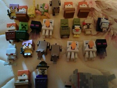 Lot of 25 minecraft mini figures