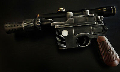 Star Wars DL-44 Heavy Blaster Pistol - Han Solo Blaster - Cosplay - Display