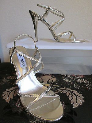 Steve Madden Daphny Gold Strappy 4-25 Open Toe Stiletto Heel Shoes Size 8