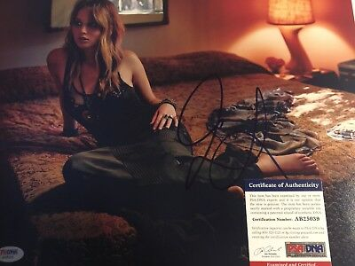 Jennifer Lawrence Signed 11x14 Photo Autographed PSADNA Coa