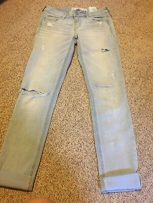 Hollister Co Size 1 Short Stretch Skinny Jeans Blue Distressed and Super Stretch
