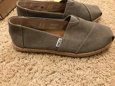 NIB TOMS Women's Classic Drizzle Grey Washed Canvas Rope Sole Size 7-5