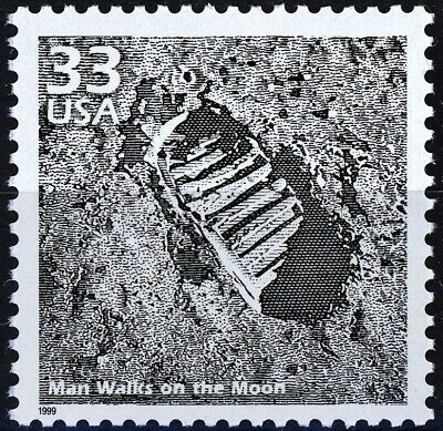 Man Walks On the Moon Apollo 11 Scarce MNH Stamp from 1999 Scotts 3188C