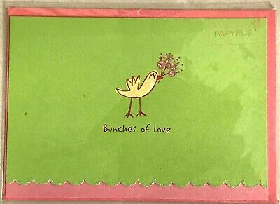 PAPYRUS MOTHERS DAY CARD  Bunches of Love Bird with Bouquet