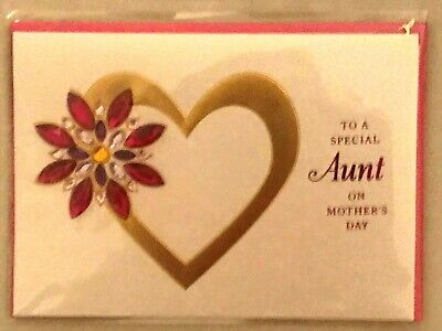Papyrus Mothers Day Card - to a Special Aunt with Gold Heart - Jewels I Love U