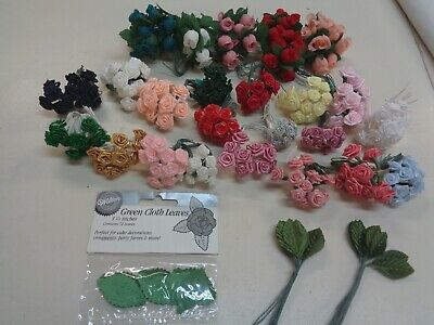 Mixed lot of assorted pretty vintage flower bunches and leaves