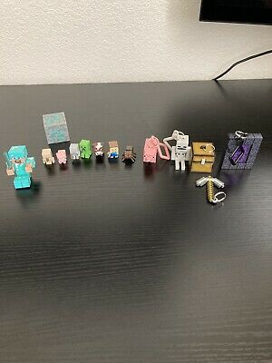 MINECRAFT MINI FIGURES AND KEYCHAIN LOT LOOSE- Scuffs And Marks-