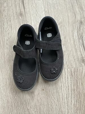 Clarks Brand New PE Shoes Black Size 9.5 G