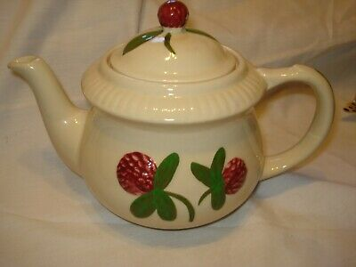 RARE Vintage Shawnee Pottery Teapot Red Clover Blossom USA 4 Cup 7 inch Tall