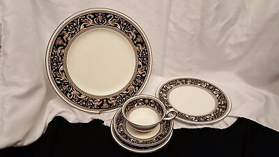 Wedgwood Florentine Blue 5 Piece Dinner Set W1956   7 Available Free Ship