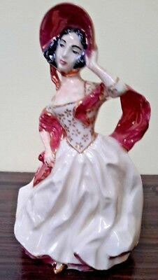 Vintage Extremely RARE  Ceramics Figurine Lady in had 1953 signed and stamp