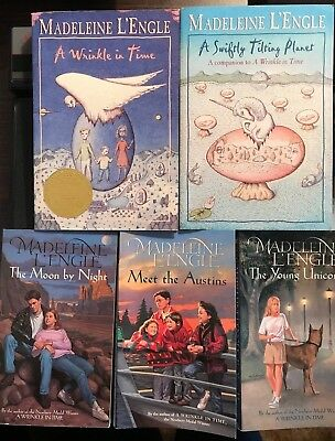 LOT 5 MADELEINE LENGLE A WRINKLE IN TIME A SWIFTLY TILTING PLANET MOON BY NIGHT