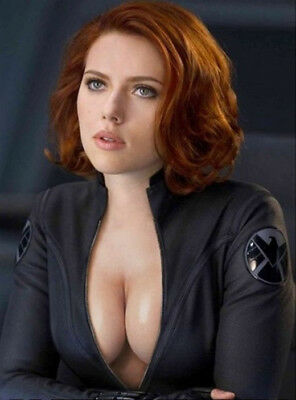 SCARLETT JOHANSSON  8X10 GLOSSY PHOTO