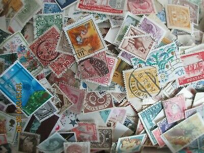 500 World Wide Collection Stamps Off Paper-