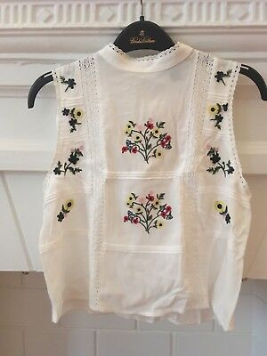 Forever 21 embroidered top Size S