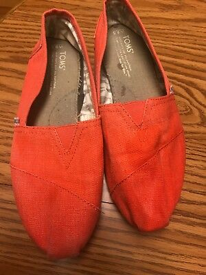 Toms Shoes Womens Size 8-5 US Tangerine Heritage Classic