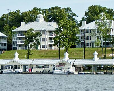 HOLIDAY INN CLUB VACATIONS THE VILLAGES ANNUAL USAGE TIMESHARE SALE