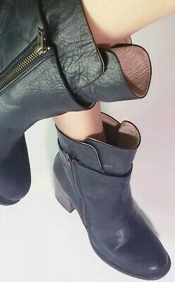 FREEBIRD BY STEVEN Womens Black Leather Clip Zipper Ankle Boots  55411 Size 9