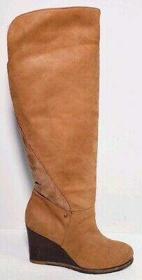 UGG AUSTRALIA  Womens RAVENNA Brown Suede Tall Boots Size 7-5
