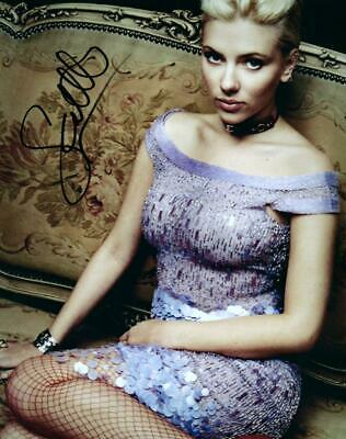 Scarlett Johansson signed 8x10 Picture autographed Photo Pic and COA