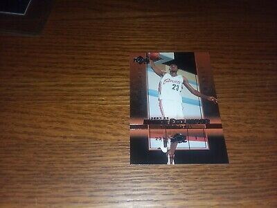 LEBRON JAMES ROOKIE 2003-04 ROOKIE EXCLUSIVES FROM PACK TO TOPLOADER