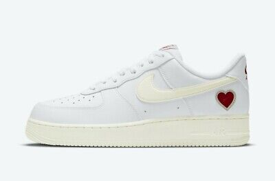 Nike Air Force 1 Low Valentines Day (EU 41 / UK 7 / US 8)