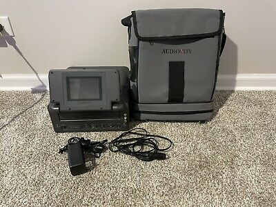 Audiovox Portable VHS Video Cassette Player VBP1000 - 4 LCD Monitor TESTED