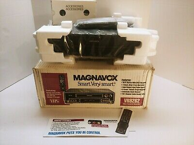 Magnavox VCR VHS Player Video Cassette Recorder VR9262 With Remote Tested Works