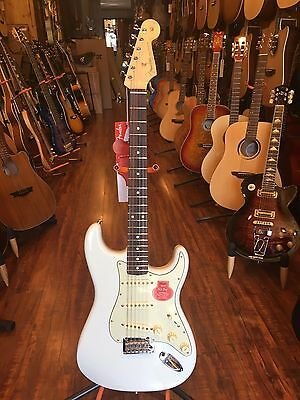Fender Classic Player 60s Stratocaster Sonic Blue Electric Guitar w deluxe gig