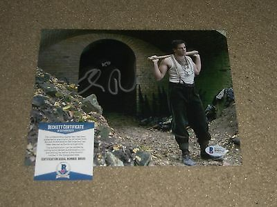 ELI ROTH SIGNED AUTOGRAPHED 8X10 PHOTO COOL INGLOURIOUS BASTERDS BAS BECKETT