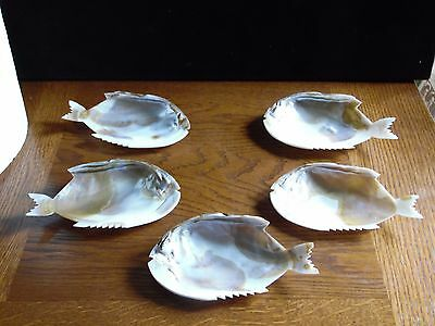 Set Of 5 Vintage Hand Carved Fish Shell Dishes Mother of Pearl Plates Japan