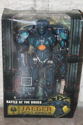 Loot Crate Pacific Rim Gipsy Danger Jaeger Battle At The Docks Figure Damaged