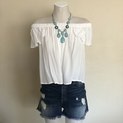 Forever 21 Contemporary White Flowy Off The Shoulder Blouse Size Medium