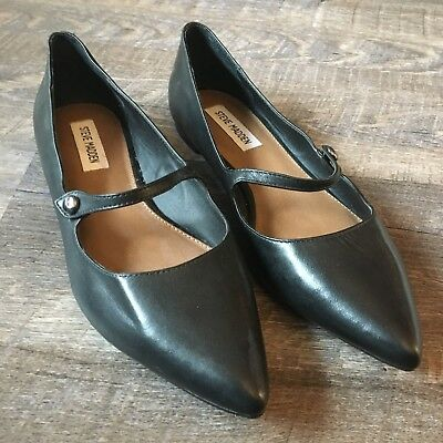 Steve Madden Womens Lizlee Black Leather Pointed Flat Size 8M