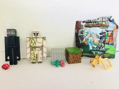Lot of 7 Minecraft Figures And Keychain Hanger