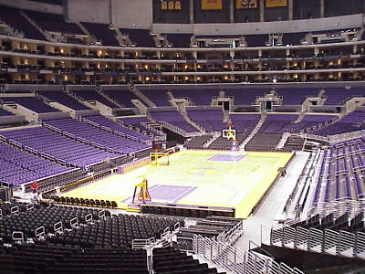 LOS ANGELES LAKERS vs PORTLAND TRAIL BLAZERS 2 TICKETS 0409 SECTION 216