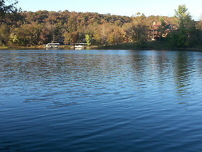 500 Lakefront w 1-5 acres of land located on Lake of the Ozarks - Missouri