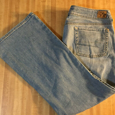 American Eagle Outfitters Size 14 Favorite Boyfriend Stretch SHORT Jeans