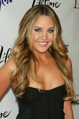 Amanda Bynes Blonde With Green Eyes 8x10 Quality Photo Print