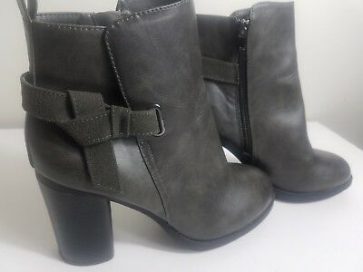 Aldo  A-  Line Womens Charcoal Gray Ankle Boot Size 9   UK 7    EUR 39-40