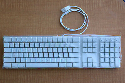 Brand New Apple A1048 English Layout wired full size USB keyboard 658-0306 2SB