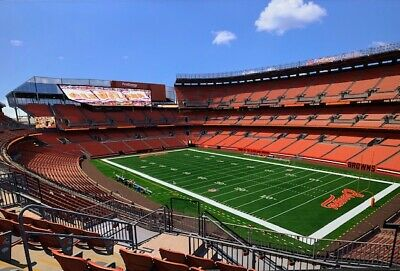 Browns Rams Sunday night Prime time 0922 CLUB SECTION - PRICE INCLDS 2 TICKETS