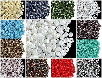 CHOOSE COLOR 5g 2-5x3mm Minos® par Puca® Beads Czech Pressed Glass