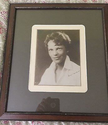 AMELIA EARHART SIGNED  AUTOGRAPHED SEPIA PHOTO W COA - FRAMED AND MATTED