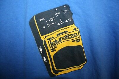 Lollapalooza chicago music festival guitar pedal 2006 T-SHIRT Adult Small