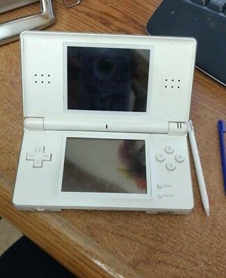 Nintendo DS Lite White Handheld System - No charger