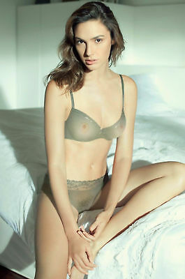 GLOSSY PHOTO PICTURE 8x10 Gal Gadot In Bed With Transparent Lingerie