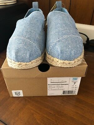 TOMS WOMENS DECONSTRUCTED ALPARGATA CHAMBRAY SHOES SIZE 7