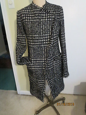 LK Bennett Londons very nice elegant coat in wool  sz 2 Kate Middleton style