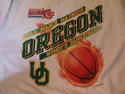 NCAA March Madness Oregon Womens Basketball T-Shirt Sz XL 100 Cotton